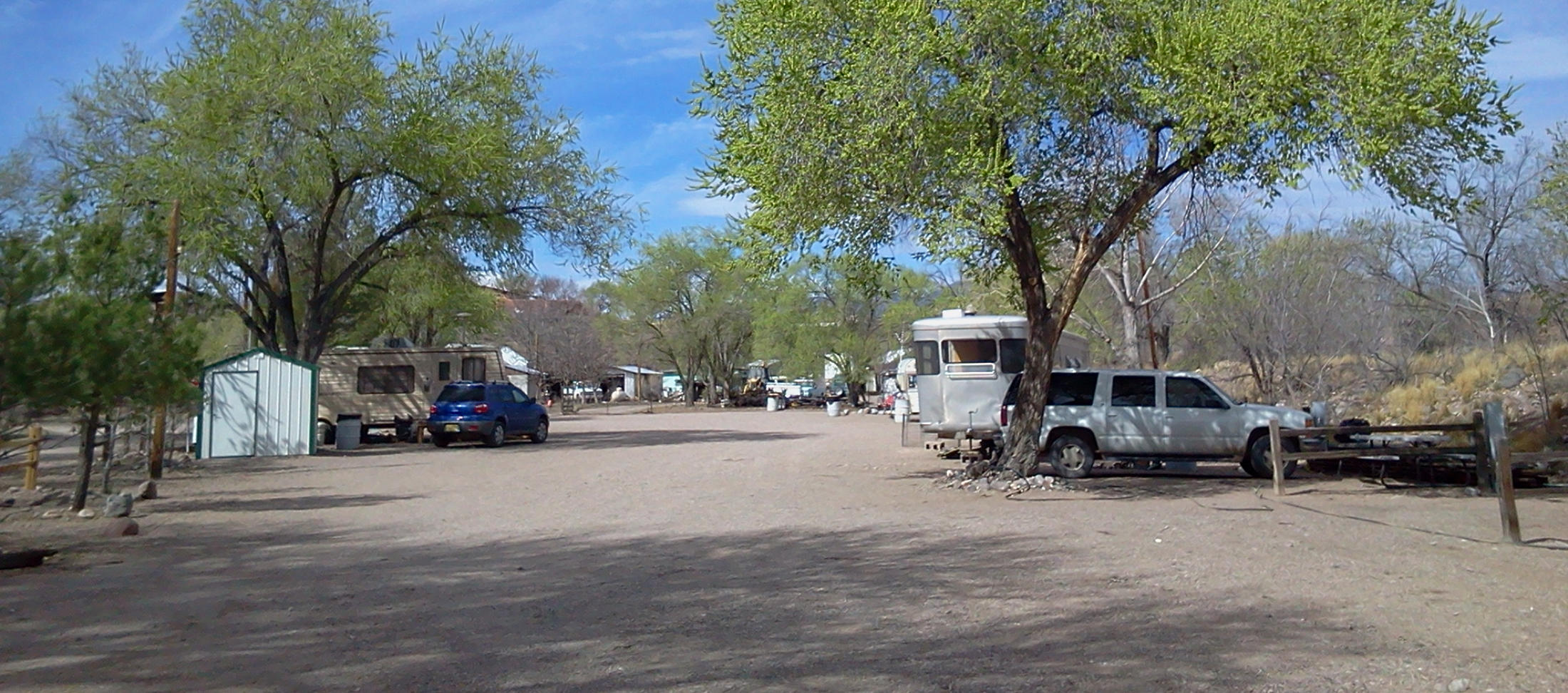 Rv camping without water hookup